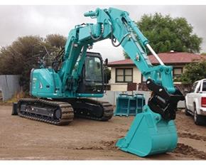 挖掘机属具